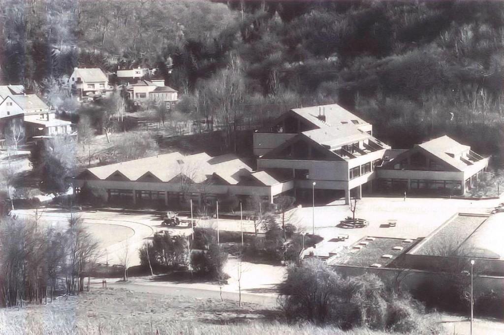 Um- und Ausbau zum Grund- und Hauptschulgebäude 1993