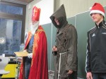 Der Nikolaus besucht Fünftklässler
