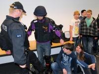 Besuch bei der Mobilen Kontroll- und Überwachungseinheit der Bundespolizei in Koblenz