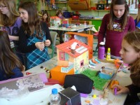 Spielhäuser mit Elektronik
