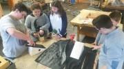 Nistkästen in der Bach- und Natur-AG gefertigt