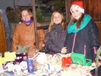 Jede Menge Geschenkideen bot die Ruanda-AG auf dem Treis-Kardener Weihnachtsmarkt.
