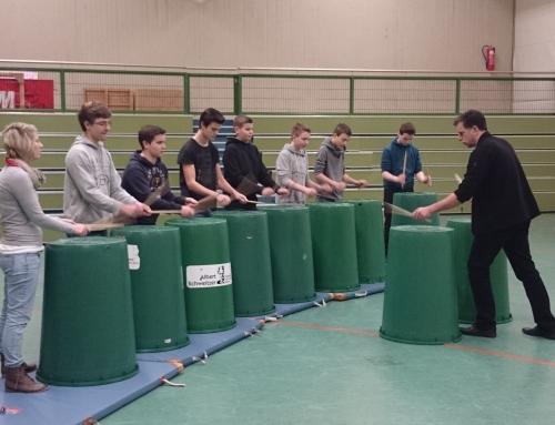 Trashdrumming Workshop mit Alex Sauerländer