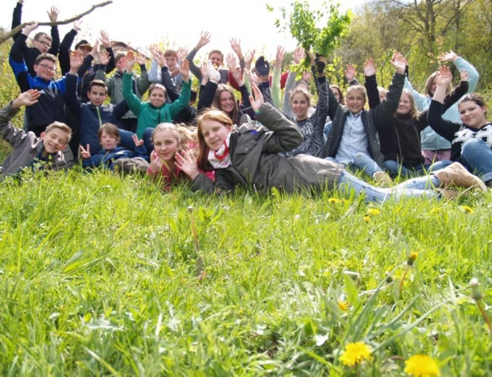 """Klasse 7a gewinnt den Kreativwettbewerb """"Wald-Kunst"""" bei den Waldjugendspielen"""