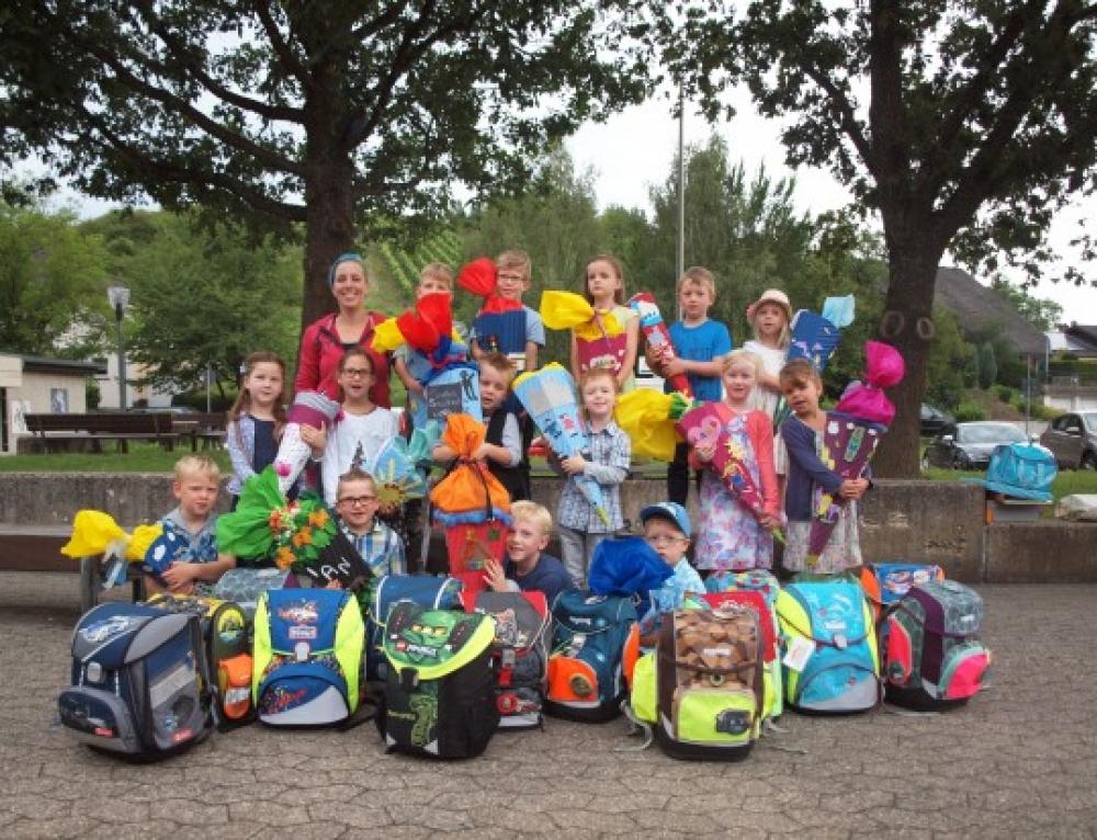 16 i-Dötzchen starten in der Grundschule in Treis-Karden