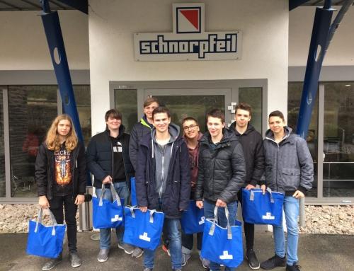 TuN-Kurs der 10. Klasse besucht Baustofflabor der Firma Schnorpfeil