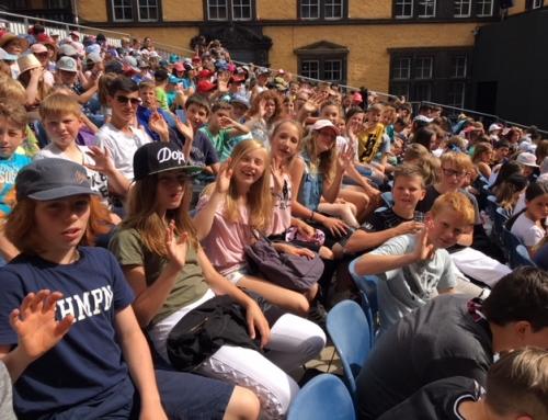 Fünft- und Sechstklässler zu Besuch bei den Burgfestspielen in Mayen