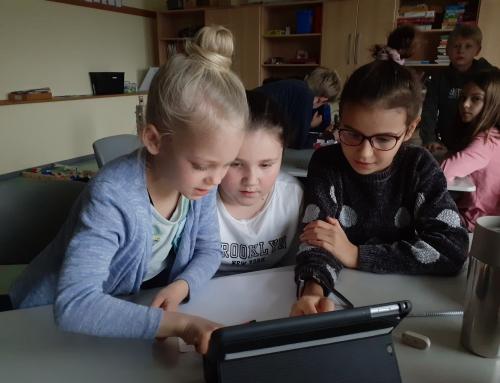 Sind alle iPads aufgeladen? Dann kann der Unterricht in der Klasse 4 der Konrad-Adenauer-Schule beginnen
